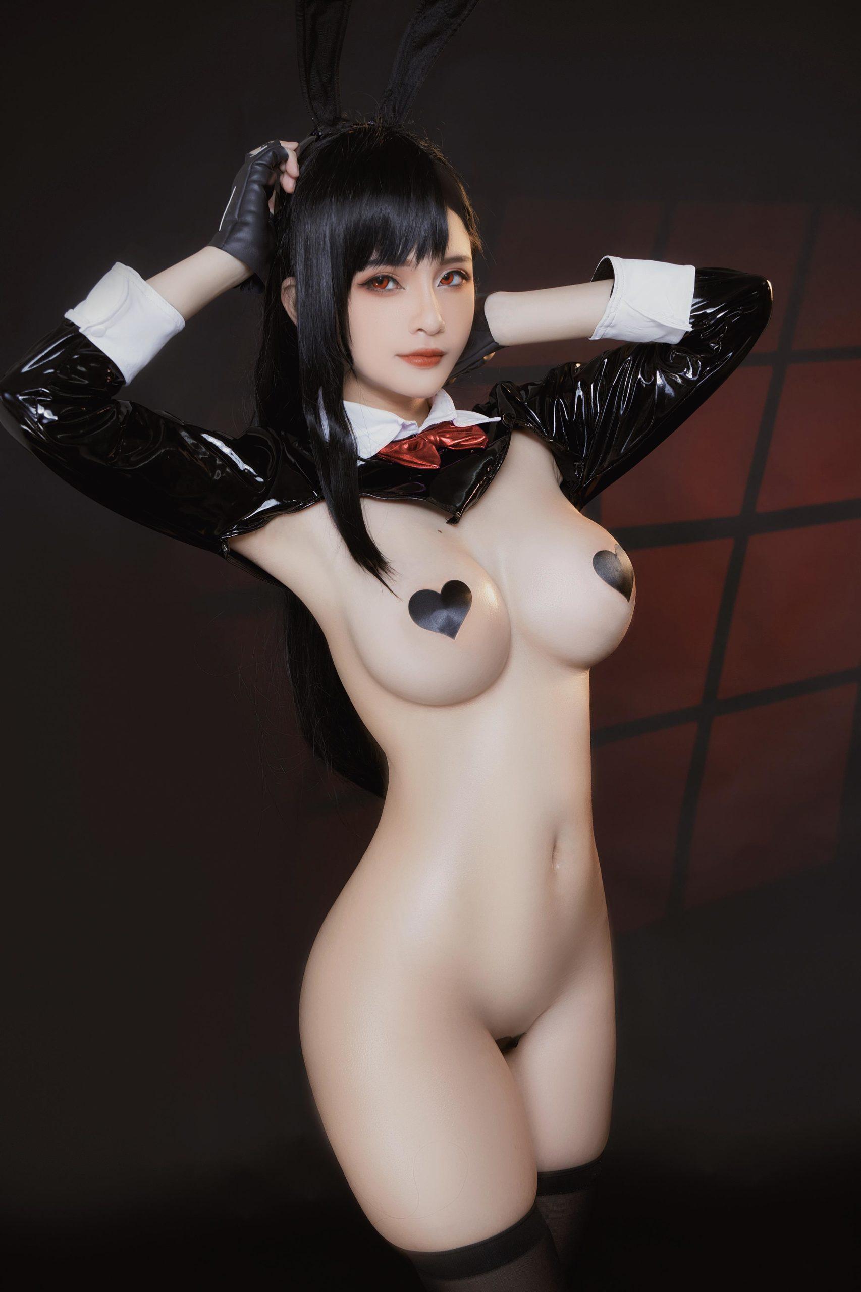 TifaLockhart Bunny Girl EroCosplay by Azami 1