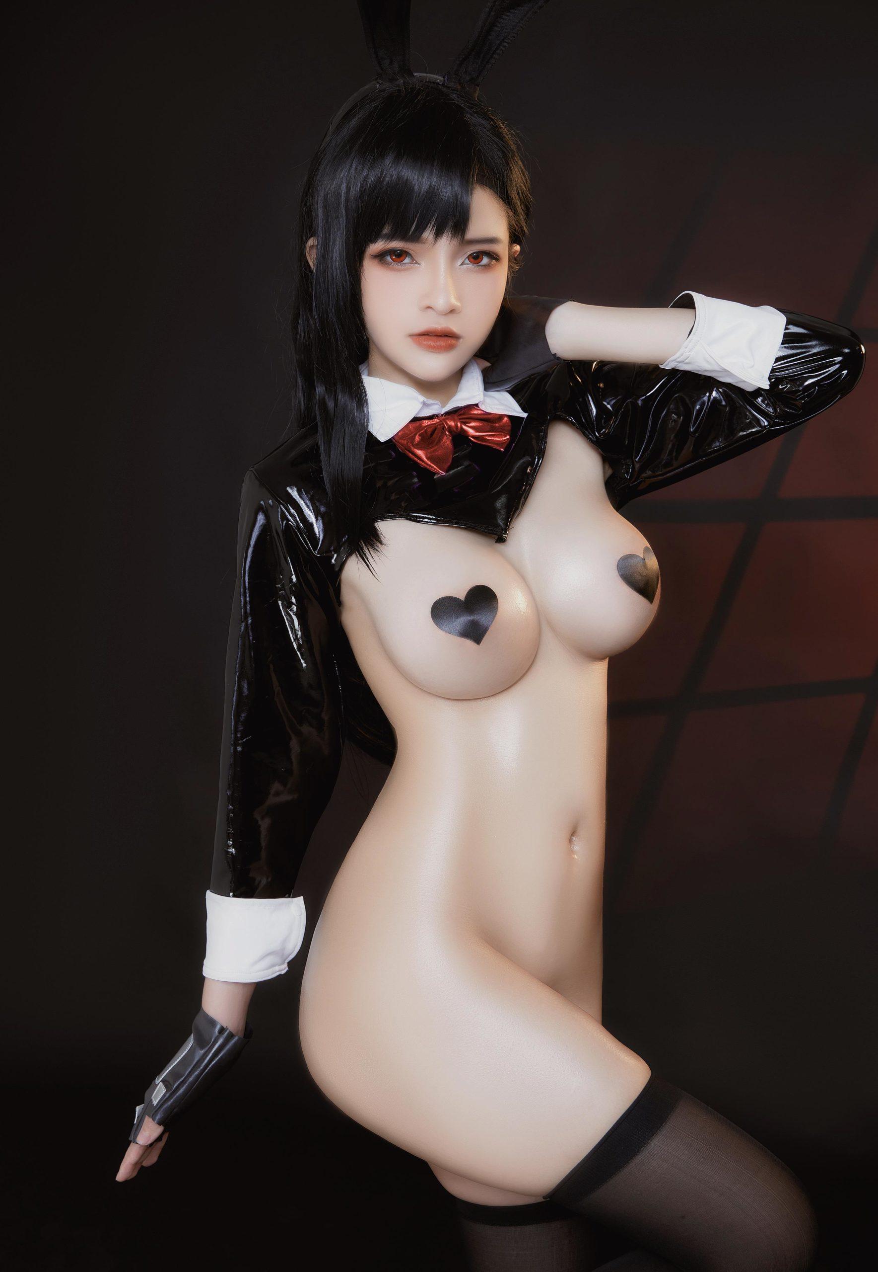 TifaLockhart Bunny Girl EroCosplay by Azami 5
