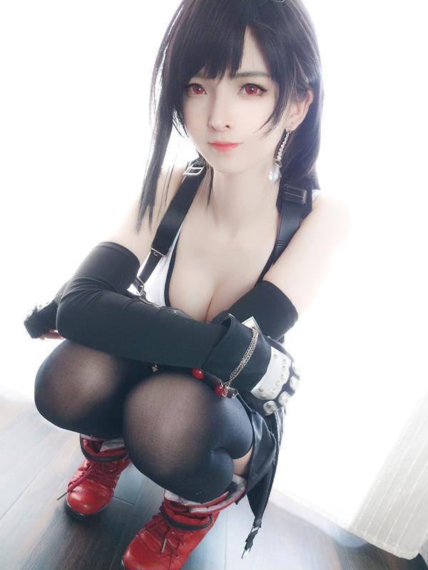 YixiaoyangzeTifaLockhartCosplay 17 2021