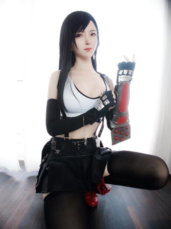 YixiaoyangzeTifaLockhartCosplay 2 2021