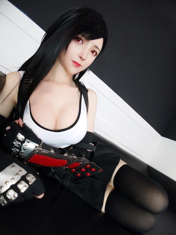 YixiaoyangzeTifaLockhartCosplay 24 2021