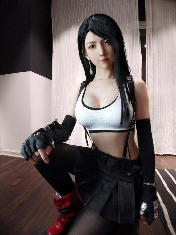 YixiaoyangzeTifaLockhartCosplay 29 2021